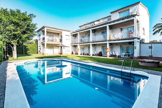 Apartamentos con piscina en Sitges